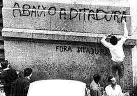 Ditadura-Abaixo-a-ditadura
