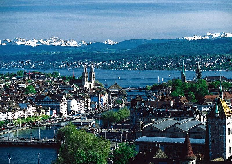 800px-Zürich-Switzerland
