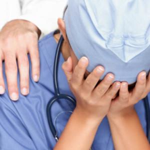 Por-que-ser-médico-se-transformou-em-uma-das-profissões-mais-miseráveis-672x372