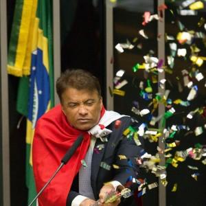 DNT   16-04-2016   BRASILIA - DF / NACIONAL POLITICA OE / IMPEACHMENT DILMA ROUSSEFF - Deputado Federal Wlaclimir Costa ( Solidariedade-PA ) durante discussao sobre admissibilidade do processo de impeachment da Presidente Dilma Rousseff na Camara dos Deputados  - FOTO DANIEL TEIXEIRA/ESTADAO