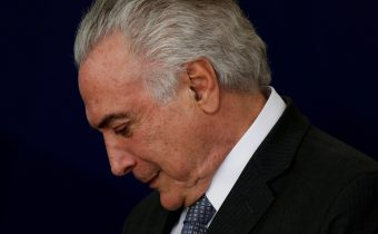 """Brazil's President Michel Temer reacts during launch ceremony of the """"New School"""" (Novo Ensino Medio) at the Presidential Palace in Brasilia, Brazil, September 22, 2016. REUTERS/Ueslei Marcelino"""