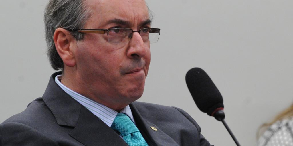 O presidente da Câmara dos Deputados, Eduardo Cunha, fala na sessão da Comissão Parlamentar de Inquérito (CPI) da Petrobras sobre Operação Lava Jato ( Antonio Cruz/Agência Brasil)