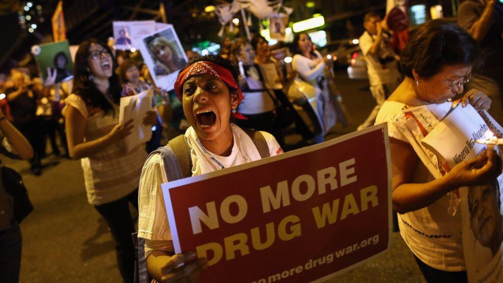 gty_drugwarprotest_131010_16x9_992
