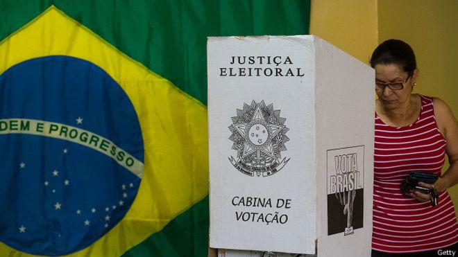 141026190913_brazil_election_sao_bernardo_do_campo_624x351_getty